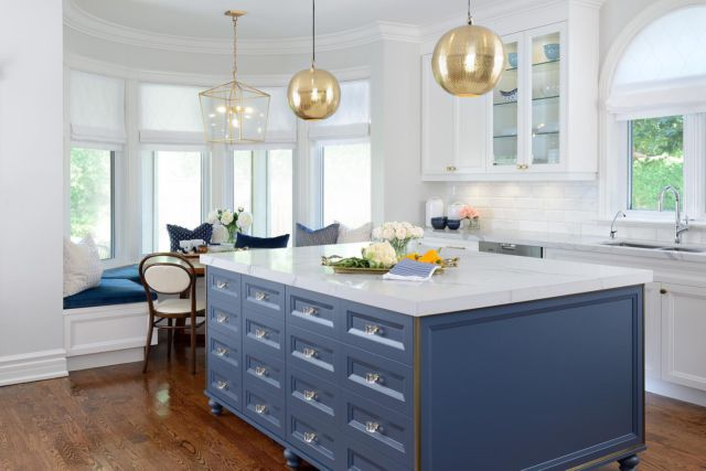 There's nothing better than multi-tasking when it comes to the kitchen, even if it's just to make everything look cohesive.   Make the design of your kitchen come together by including drawers all along the island. The drawers and hardware we used here give the space a custom luxe look!   With a bit of clever design thinking, we were able to give the homeowners the storage and style punch they were looking for!   Learn more about project Ledbury Park on our website 👇 www.dvira.com/galleries/ledbury-park  Are you looking to create your dream home? Ensure the careful smart planning you need from day one, and contact Dvira Interiors!   We look forward to incorporating our vision, scope, technical expertise, and industry connections to make your home's design/build experience as positive and rewarding as possible.  www.dvira.com  . . . . . . . . #dvirainteriors #interiorgoals #homesofinsta #stylemyhome #myinteriorvibe #kitcheninterior #kitchencabinets #mymodernlook #kitchensofinstagram #hireadesigner #designsponge #interiordesignerlife #interiordesignersofinsta #interiordesignertoronto #interiordesigntips #homedesignideas #designyourlife #gtadesigner #brightkitchen #kitchendrawers #homeinspiration #bluekitchen #inspiringkitchen #torontokitchen #kitcheninteriors #torontodesigner